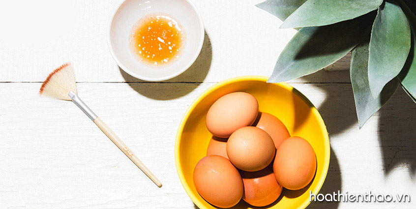 Bí quyết làm trắng da body cấp tốc với trứng gà