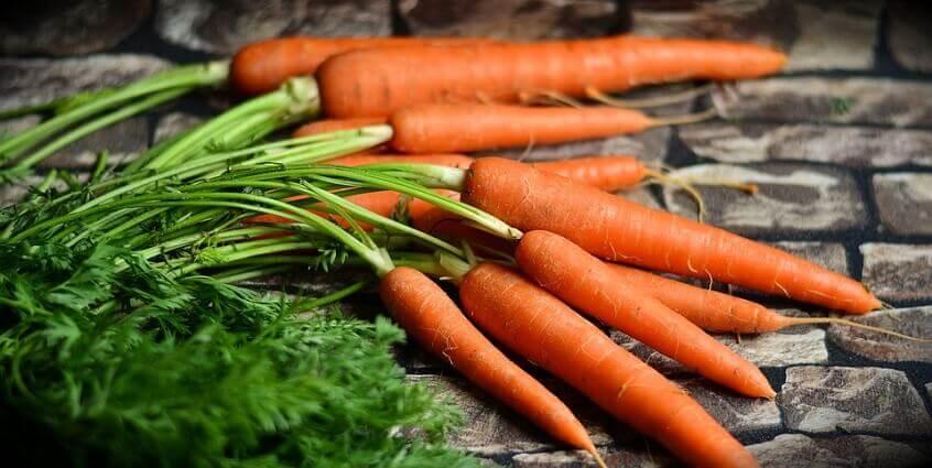 Học cách làm mặt nạ trắng da từ cà rốt